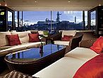 Hotel Sofitel Budapest Chain Bridge - café with panoramic view to the Danube and the Buda Castle