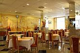 Hotel Zuglo - restaurant with traditional Hungarian specialities
