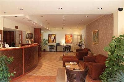 Alfa Art Hotel Budapest - cheap hotel in Budapest close to the new Megyeri bridge